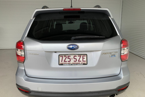 2013 Subaru Forester S4 2.0D-S Suv Image 3
