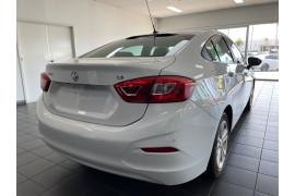 2017 Holden Astra BL  LS+ Sedan Image 5