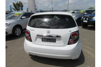 2014 Holden Barina TM MY14 CD Hatchback Image 4
