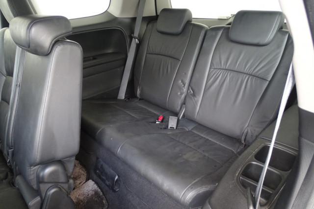 2011 Honda Odyssey Luxury 9 of 30