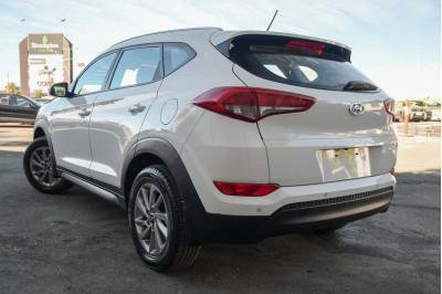 2016 Hyundai Tucson TL Active Suv Image 3