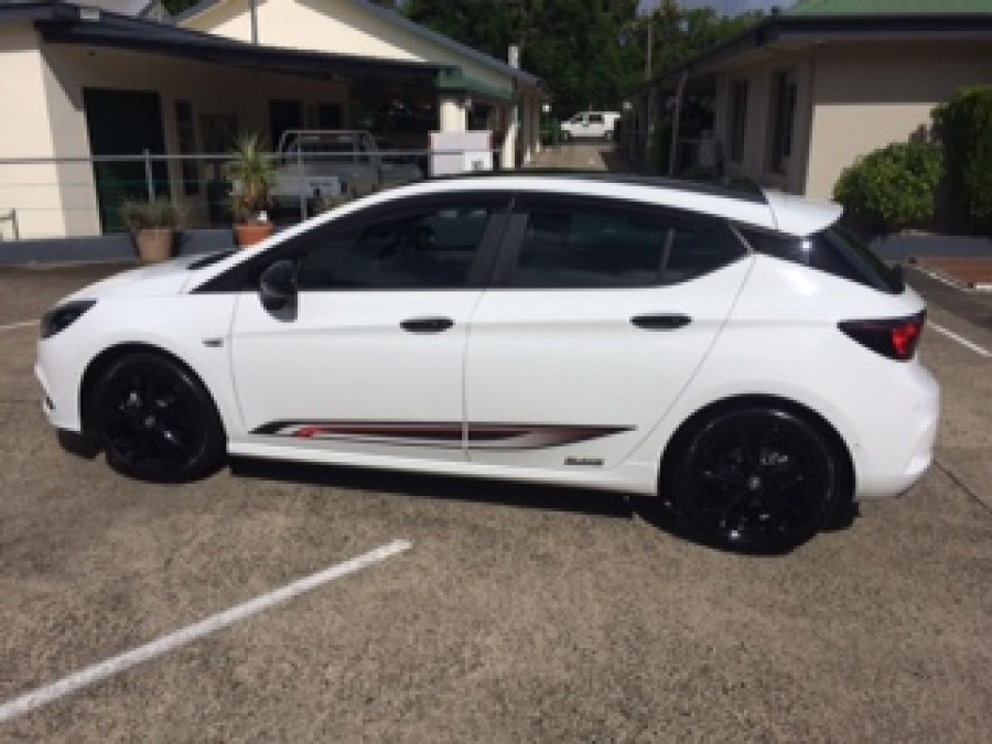 2019 Holden Astra BK MY19 RS Hatchback Image 2