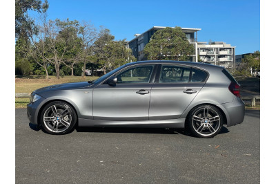2010 MY11 BMW 1 Series E87 120i Hatchback Image 3