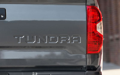 Tundra Platinum Easy Lower And Lift Tailgate