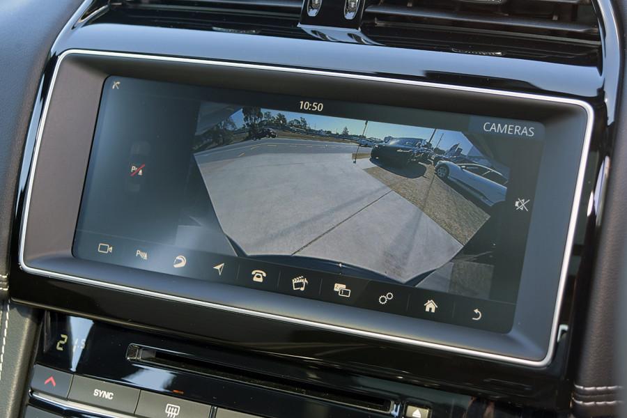 2019 MY20 Jaguar F-PACE X761 R-Sport Suv Mobile Image 19