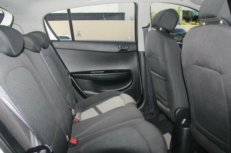 2011 MY12 Hyundai i20 PB MY12 Active Hatchback
