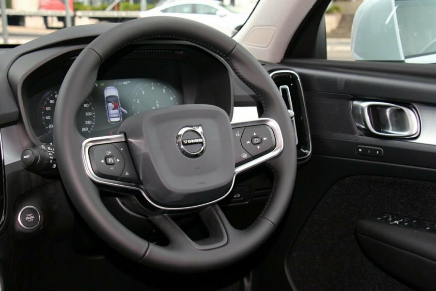 2019 MY20 Volvo XC40 XZ T4 Momentum Suv Mobile Image 6