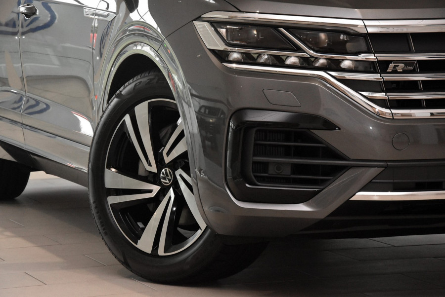 2020 MY21 Volkswagen Touareg CR 210TDI R-Line Suv Image 14