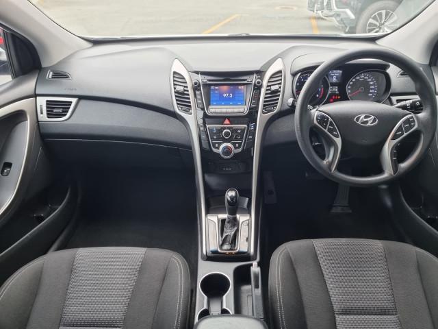 2012 Hyundai i30 GD Active Hatchback Image 23
