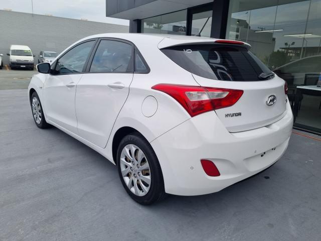 2012 Hyundai i30 GD Active Hatchback Image 9