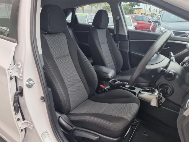 2012 Hyundai i30 GD Active Hatchback Image 26