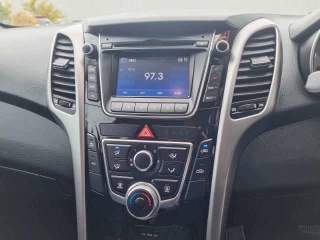 2012 Hyundai i30 GD Active Hatchback Image 30