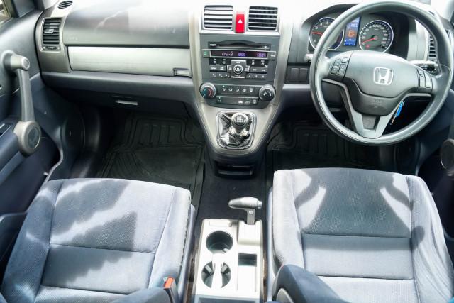 2011 MY10 Honda CR-V RE Sport Suv Image 12