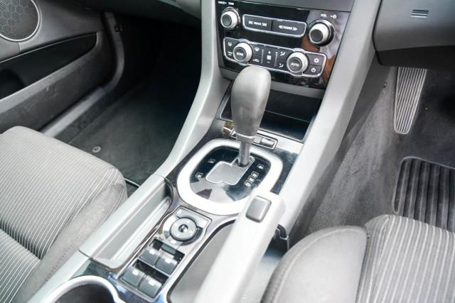 2012 Holden Commodore VE Series II SV6 Wagon Image 17
