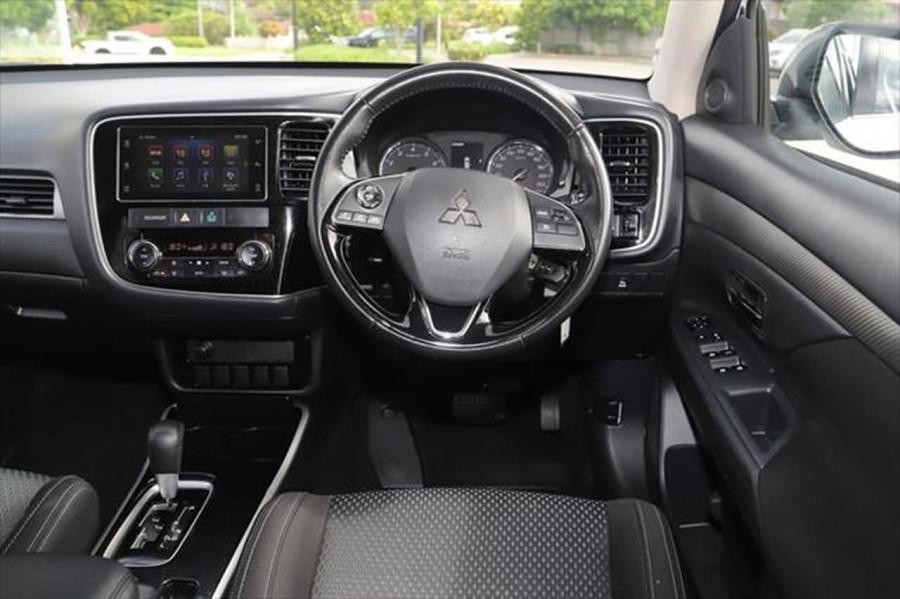 2017 Mitsubishi Outlander ZK MY18 LS Suv Image 12