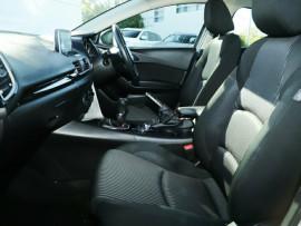 2014 Mazda 3 BM5276 Maxx SKYACTIV-MT Sedan