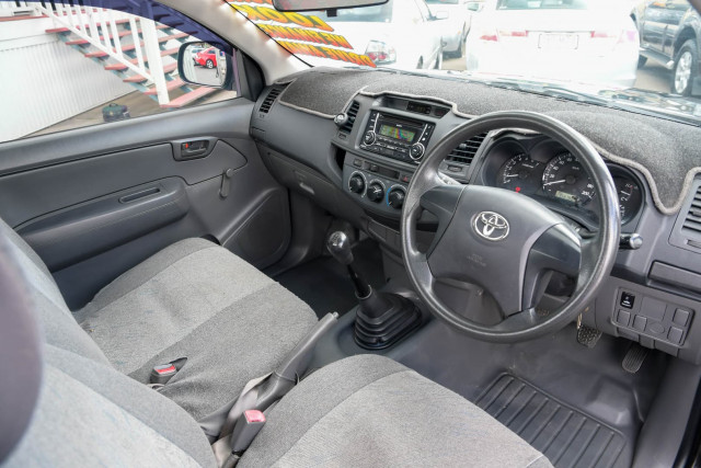 2012 Toyota Hilux TGN16R Workmate Cab chassis Image 13
