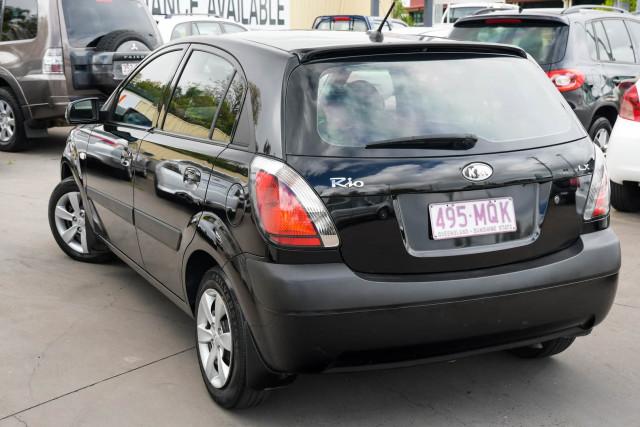 2009 Kia Rio JB LX Hatchback Image 3