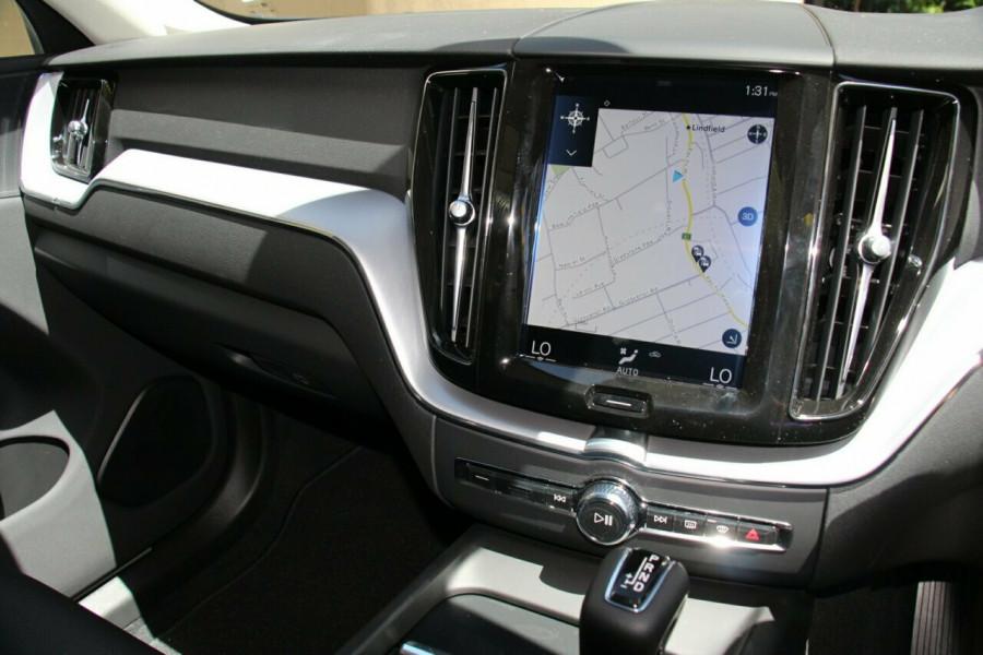 2019 MY20 Volvo XC60 UZ T5 Momentum Suv Image 10
