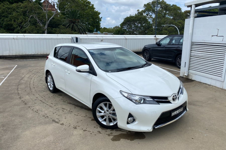 2013 Toyota Corolla ZRE182R Ascent Sport Hatchback