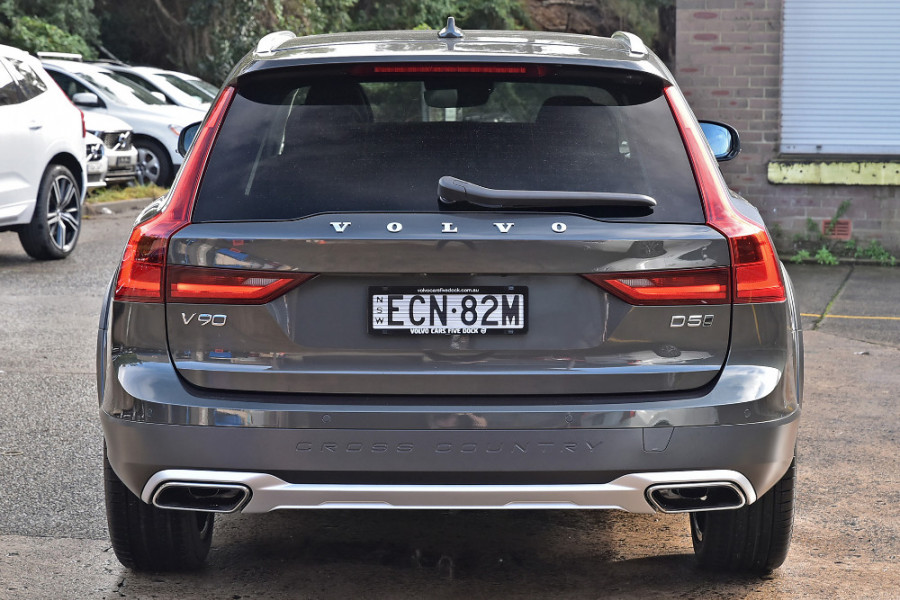 2019 MY20 Volvo V90 Cross Country D5 Wagon Mobile Image 5