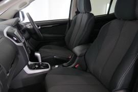 2019 Isuzu UTE MU-X LS-U 4x4 Wagon Image 2