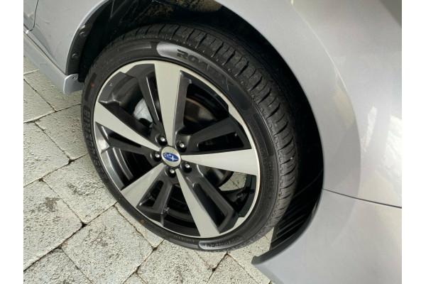 2017 Subaru Impreza 2.0I-S Hatchback Image 5