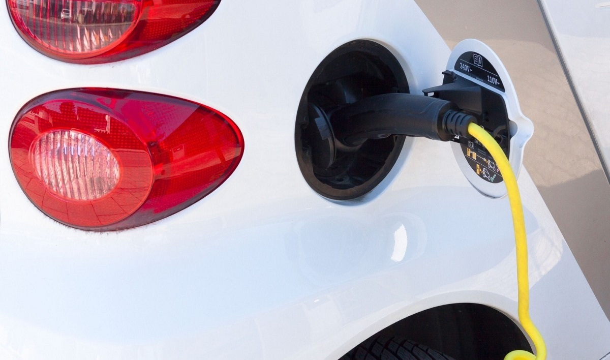 5 reasons an Electric Vehicle is right for you