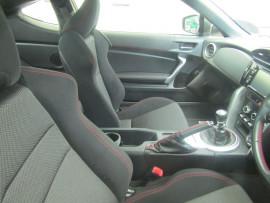 2016 MY17 Subaru Brz Z1 MY17 MANUAL Coupe Image 5