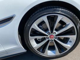 2021 Jaguar Xf X260  P300 R-Dynamic P300 - R-Dynamic HSE Sedan