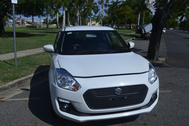 2018 Suzuki Swift AZ Navigator Hatchback Image 3