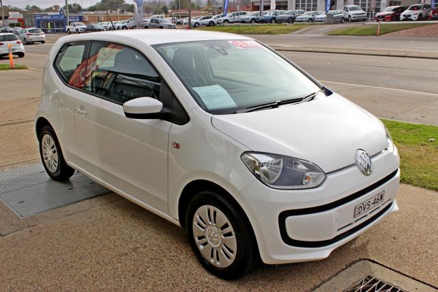 2013 Volkswagen Up! Type AA  Hatchback Image 4