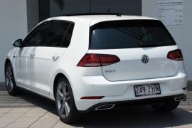 2019 MY19.5 Volkswagen Golf 7.5 110TSI Highline Hatchback Image 3