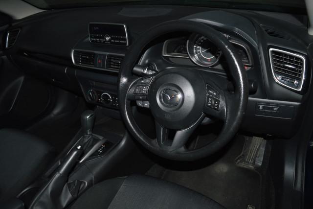 2015 Mazda 3 Neo 6 of 23