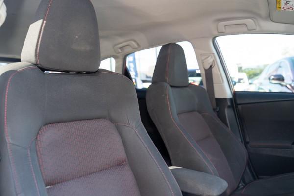 2013 Toyota Corolla ZRE182R Levin SX Hatchback