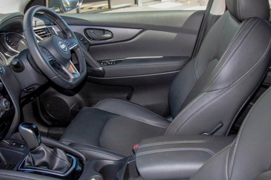 2019 MY18 Nissan Qashqai J11 MY18 ST-L (5Yr) Suv Image 9
