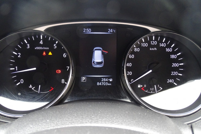 2015 Nissan X-Trail ST 2WD 19 of 25