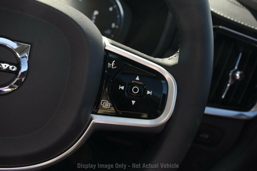 2019 MY20 Volvo V90 Cross Country D5 Wagon Mobile Image 15