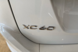 2016 Volvo XC60 (No Series) MY16 D4 Luxury Suv Mobile Image 9