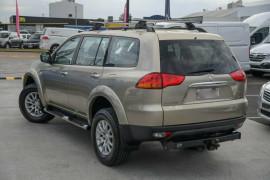 2009 MY10 Mitsubishi Challenger PB (KH) MY10 LS Wagon Mobile Image 2