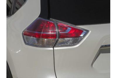 Nissan X-TRAIL T32 Image 3