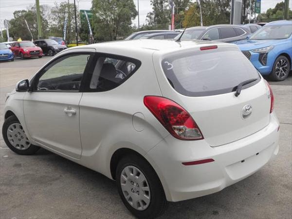 MY14 Hyundai i20 PB