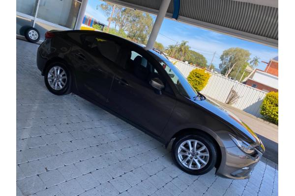 2015 Mazda Mazda3 MAZDA3 K 6AUTO Sedan Image 5