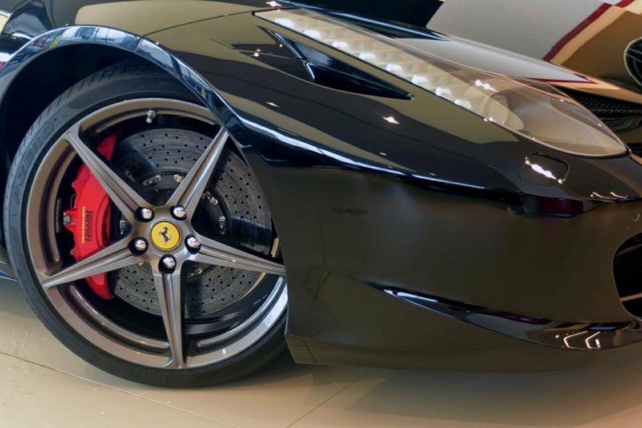 2012 Ferrari 458 Spider F142 F142 Convertible Mobile Image 9