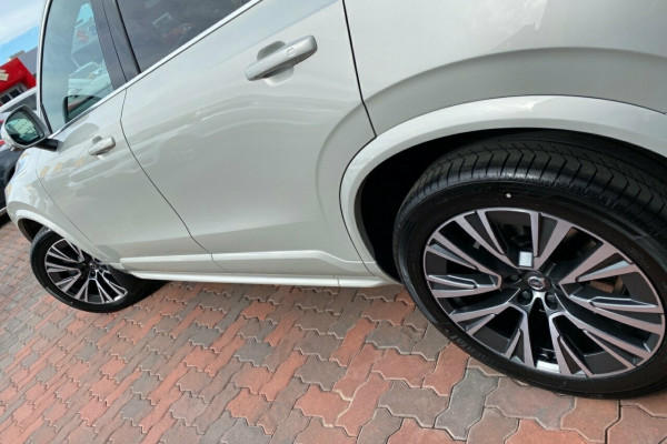 2019 MY20 Volvo XC90 L Series MY20 D5 Geartronic AWD Momentum Suv Image 5