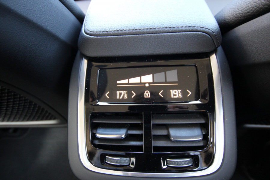 2019 MY20 Volvo V60 F-Series T5 Momentum Wagon Image 8