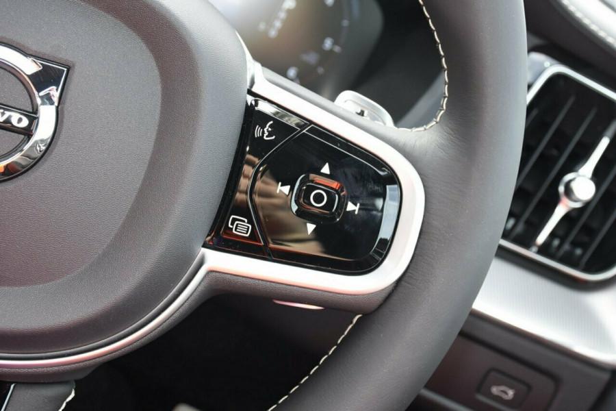 2019 Volvo XC60 UZ D5 R-Design Suv Image 13