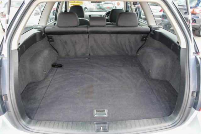 2003 MY04 Subaru Outback 3GEN Image 10