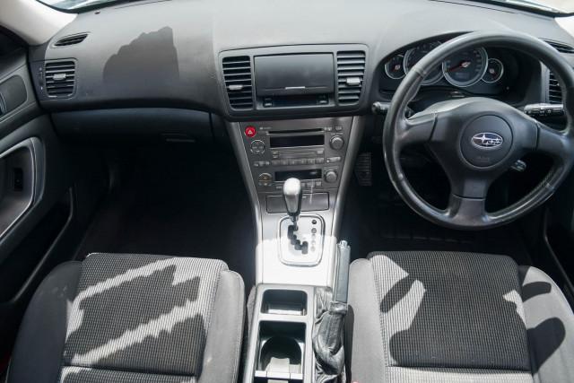 2003 MY04 Subaru Outback 3GEN Image 13