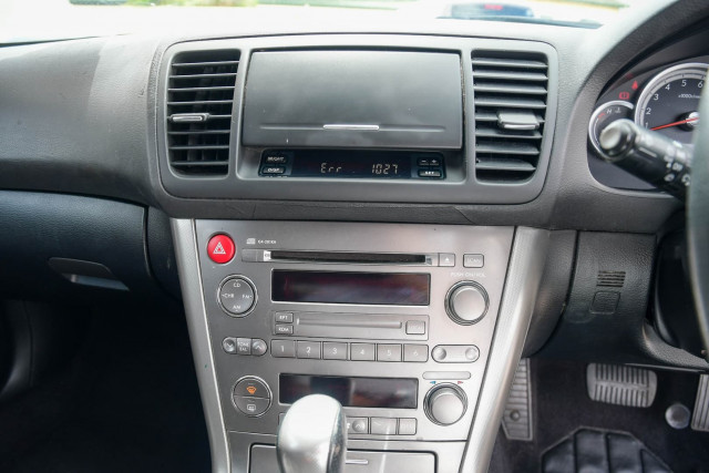 2003 MY04 Subaru Outback 3GEN Image 17